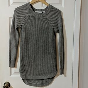 💎2/$20 Grey ribbed high low sweater